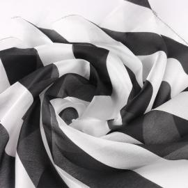 Платок 30*30 черно-белый